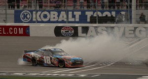 Kyle Busch burns rubber winning Sams Town race_files